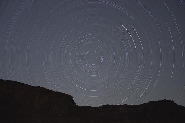 stars-731493_640