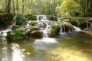 waterfall-620313_640